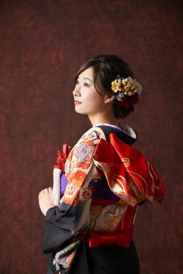 本振袖ー5+半衿(白金)+小物(赤紫)